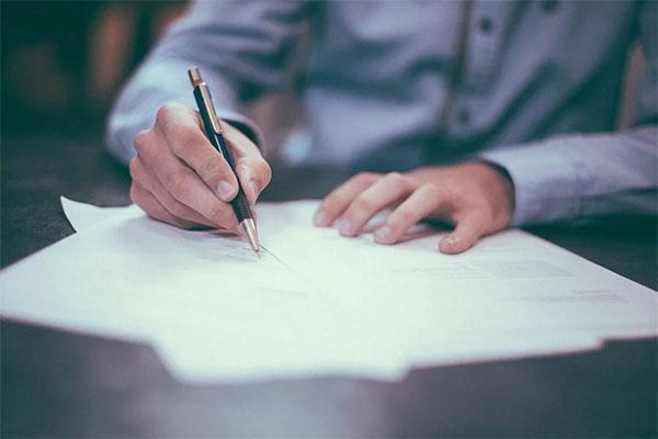 redaction-contrat-travail-TPE